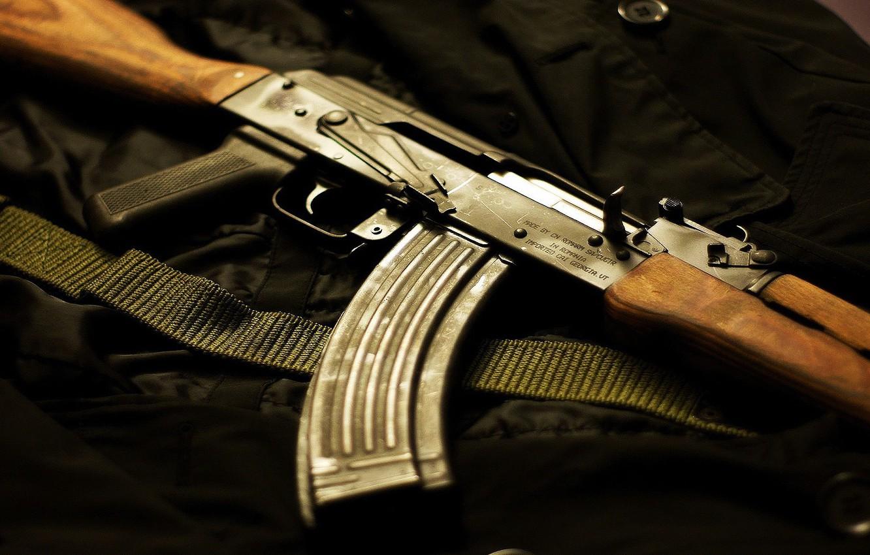 Мужчину с партией списанных автоматов Калашникова задержали на казахстанско-российской границе