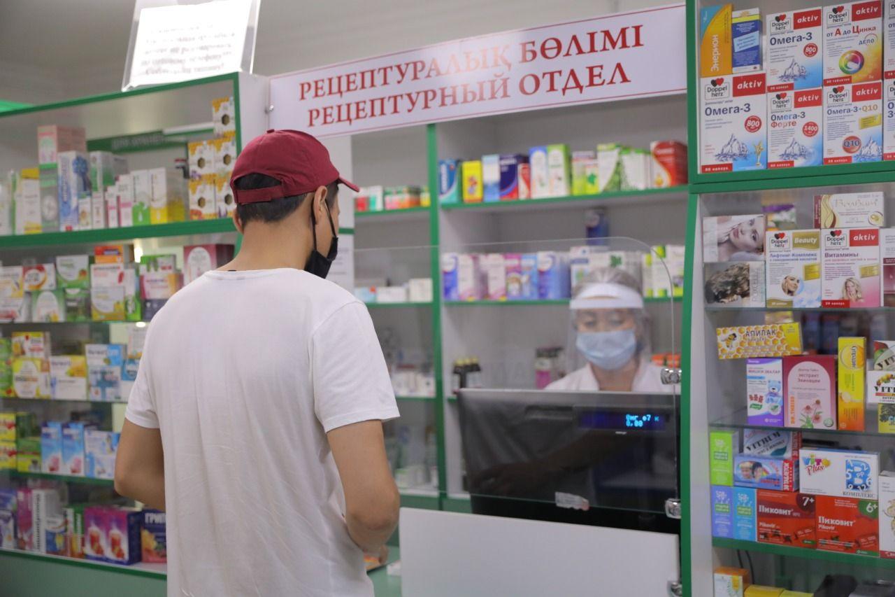 Полиция Казахстана пресекла более 200 фактов спекуляции лекарствами