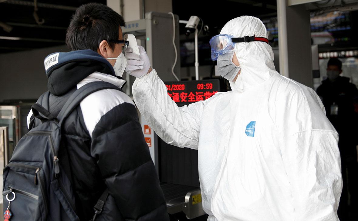 За сутки в материковом Китае выявлено три новых случая активного заражения коронавирусом и 36 бессимптомных