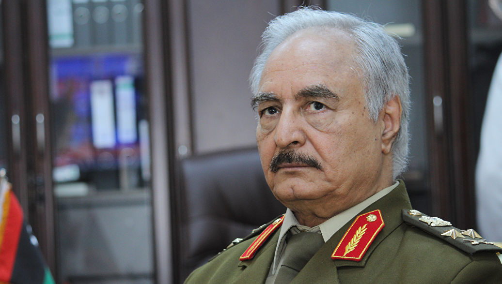 Силы Хафтара захватили аэропорт в пригороде Триполи