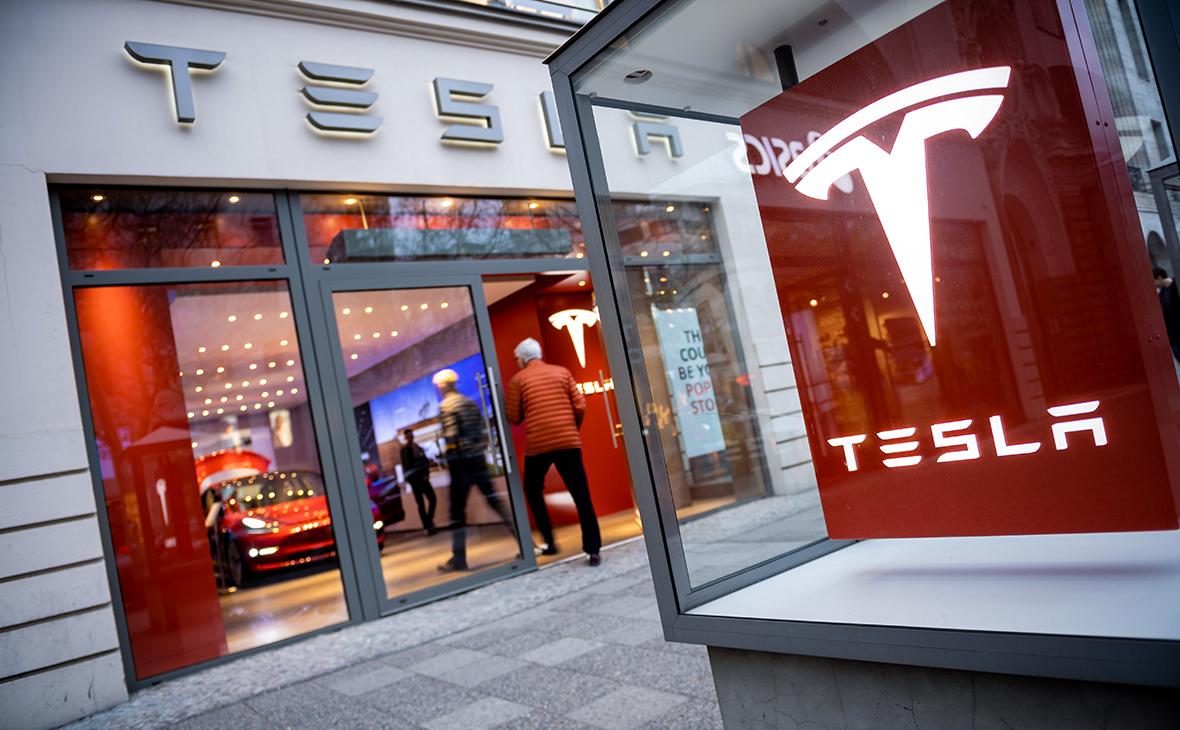 Какие перемены ждут в США и почему упали акции Tesla