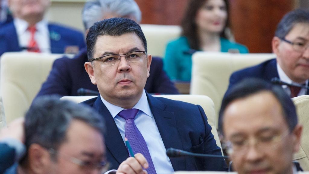 Стала известна причина ухода Бозумбаева с поста министра энергетики