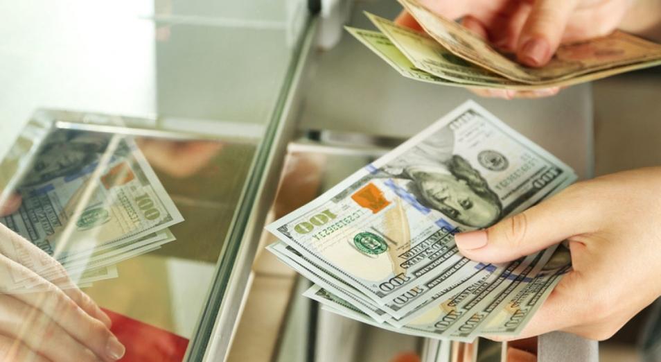 Казахстанцы отправили за рубеж рекордный объем средств