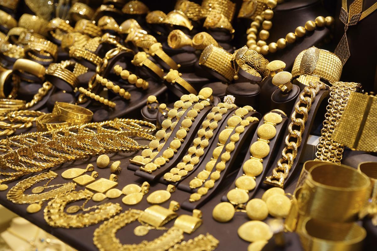 Сверкать бриллиантами на Новый год станет сложнее, возврат товаров, Ювелирные изделия, КРЕМиЗК, МНЭ РК, потребительский экстремизм