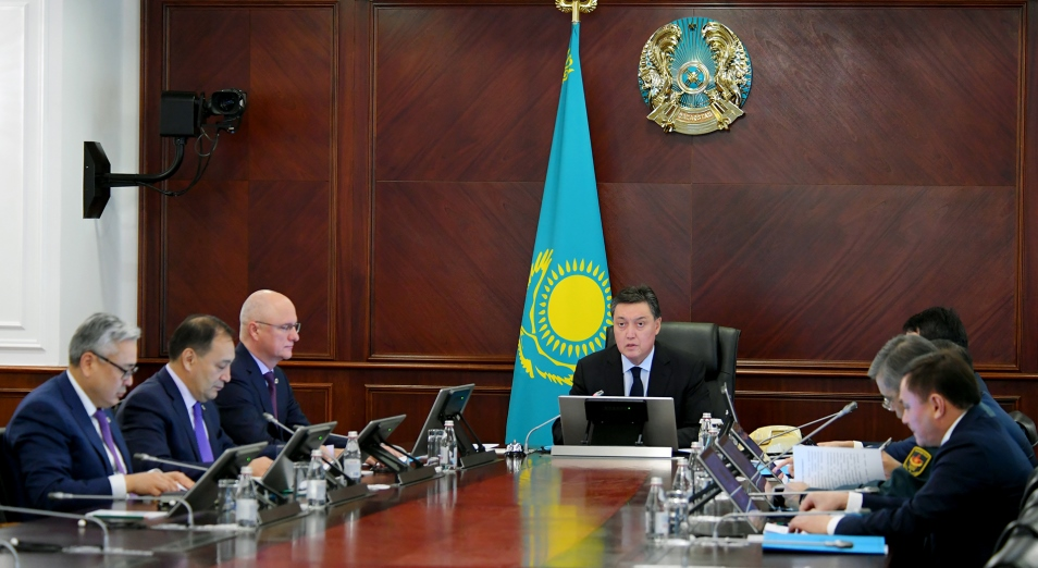 В Нур-Султане и Алматы вводится режим карантина
