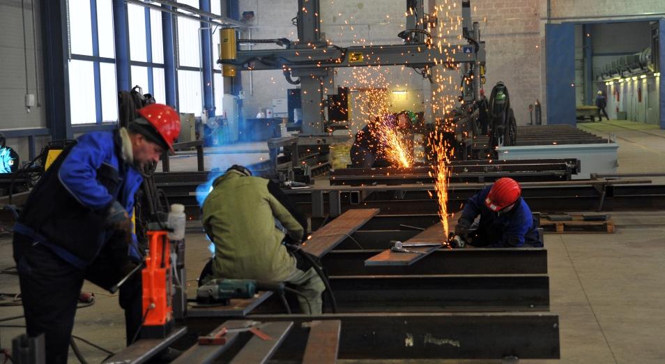 Инвестиции в перерабатывающую промышленность упали до четырехлетнего минимума