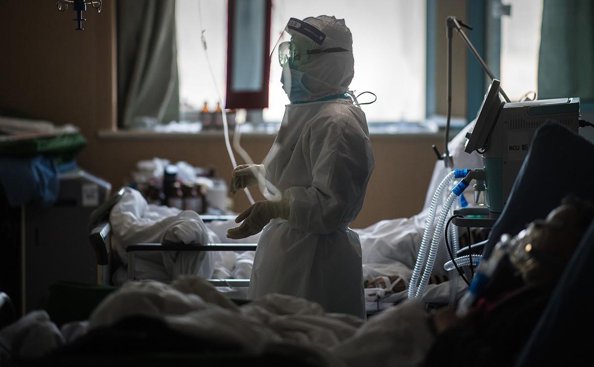 Число жертв коронавируса в мире достигло 5373 человек