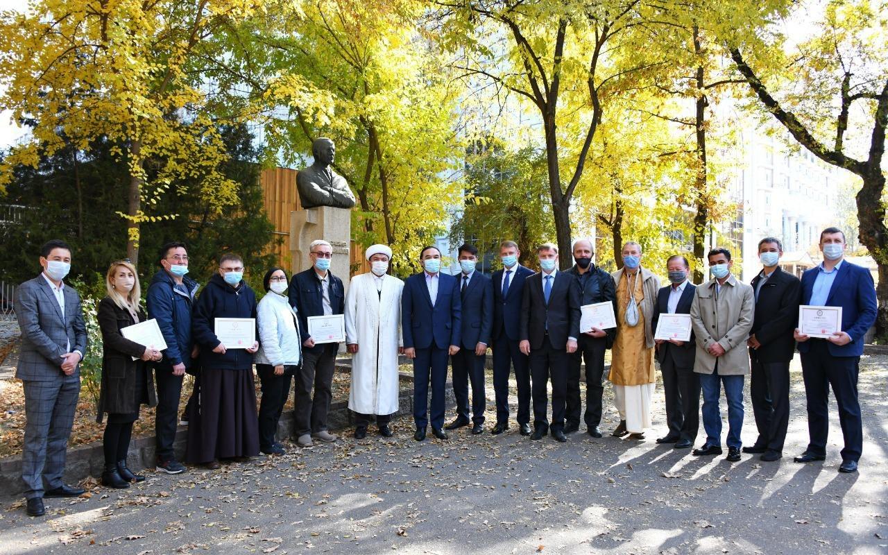 Ержан Бабакумаров провел встречу с лидерами религиозных объединений Алматы