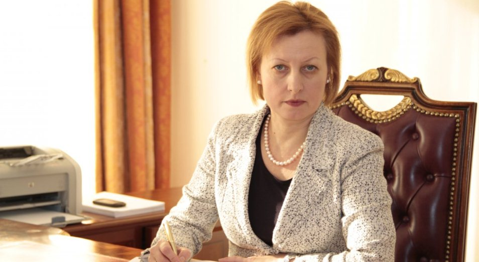 Елена Бахмутова покидает ФСМС, Елена Бахмутова, ОСМС, ФСМС, Ассоциация Финансистов Казахстана, АФК