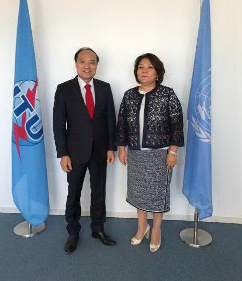 Постпред Казахстана в Женеве провела встречу с генсеком Международного союза электросвязи