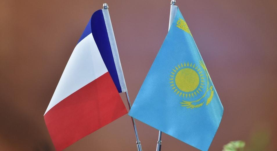 Астана – Париж: новая скорость сотрудничества, Казахстан, Франция, Французский альянс, Национальная Ассамблея Франции, Евразийская высокоскоростная железнодорожная магистраль, ЕВСМ