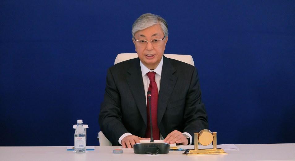 Токаев: Экономика страны снизилась на 1,8%