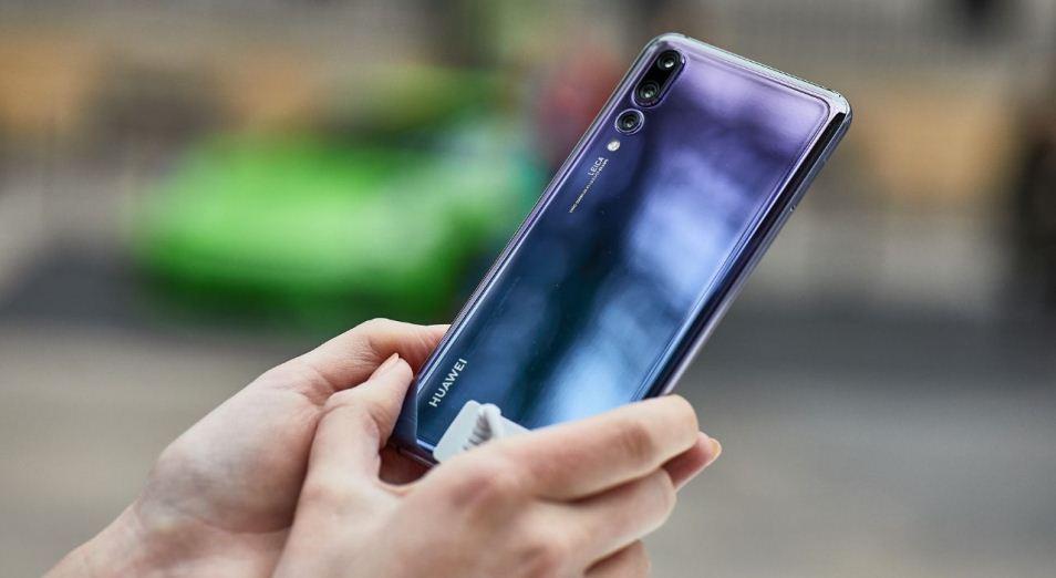 Huawei вывела искусственный интеллект на экраны смартфонов