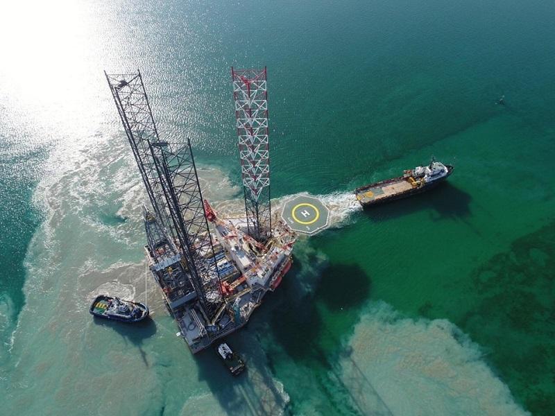 Самоподъемная плавучая буровая установка Satti прибыла в Баку