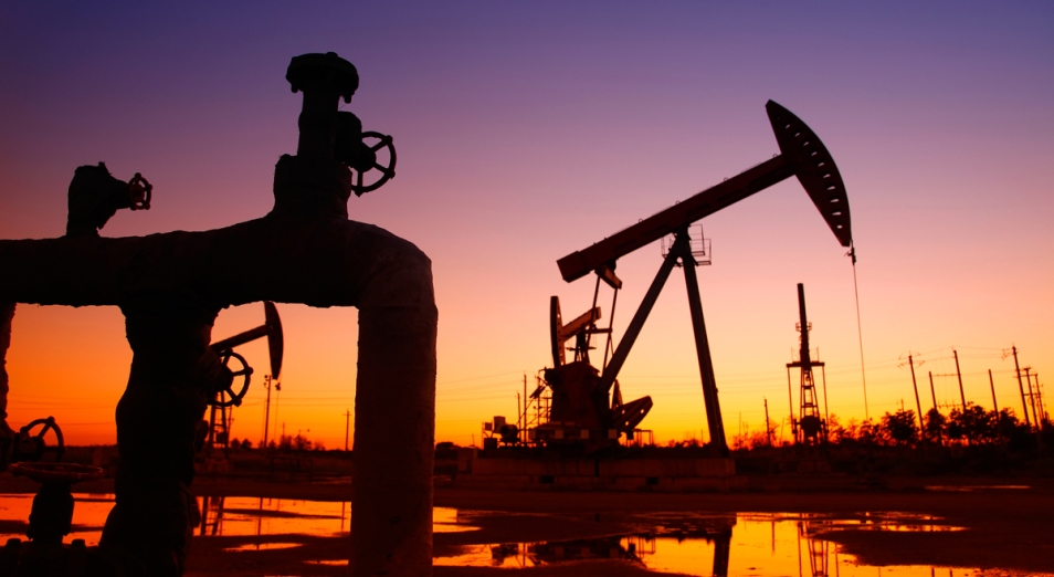 Рост цен на нефть поддержал тенге