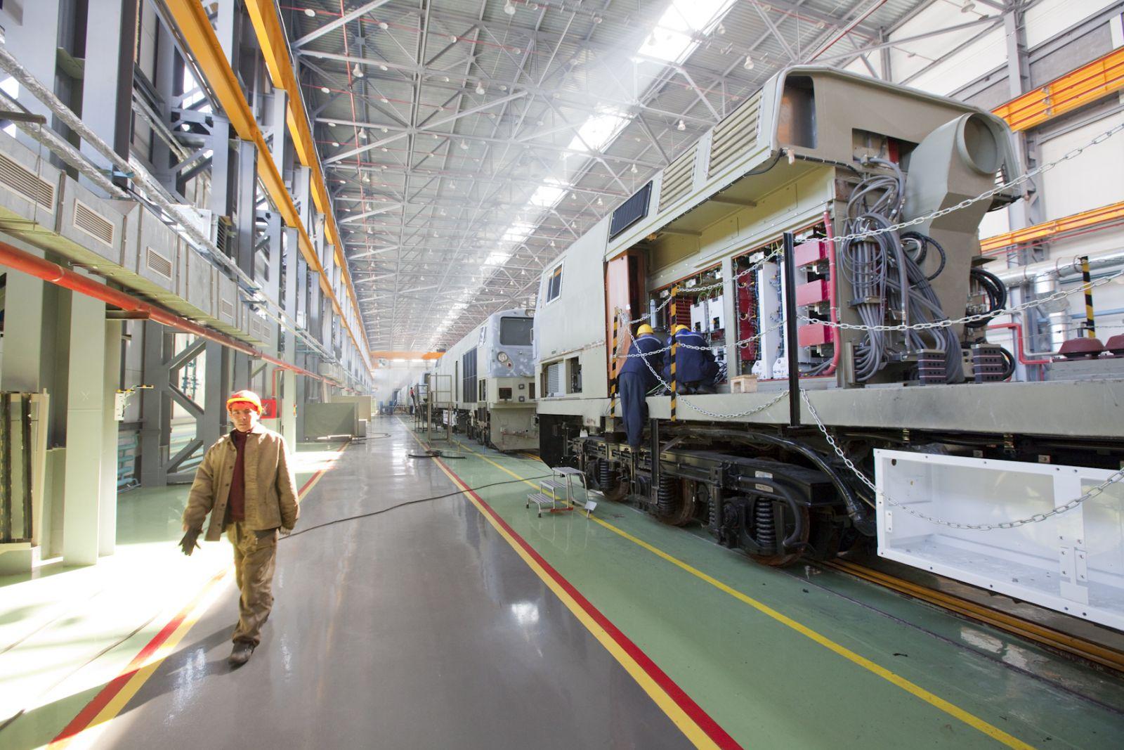 Цены на продукцию и услуги казахстанских промпредприятий за январь-июль снизились на 12,2%