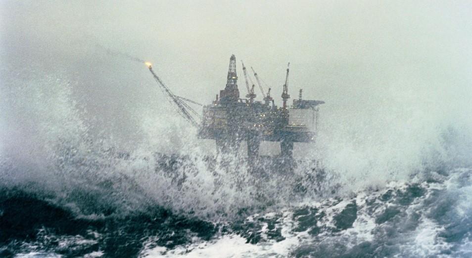 Нефть ускоряется на фоне трансформации шторма «Лаура» в ураган