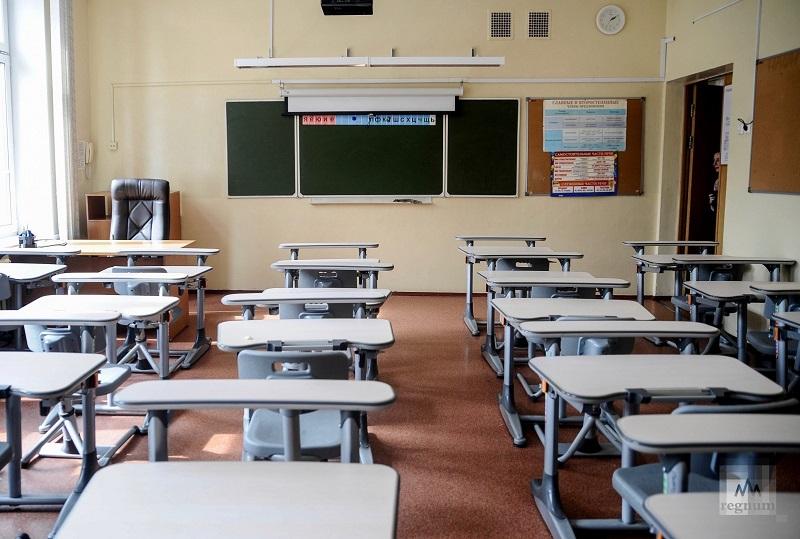 Школьников Москвы отправят на двухнедельные каникулы из-за коронавируса