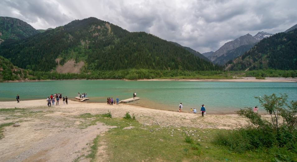 Скандал у озера: Иссык убивают ради добычи электричества?