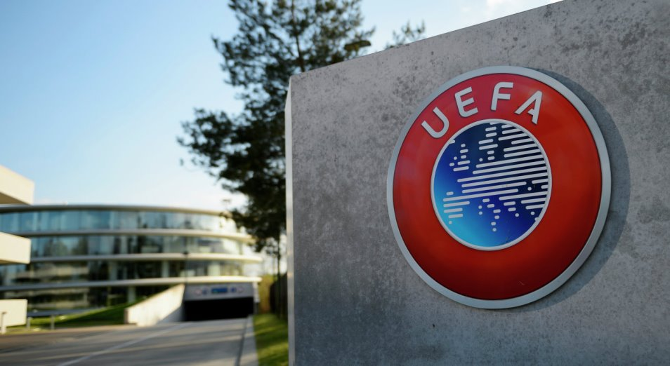 УЕФА приостановил лицензирование клубов на еврокубки нового сезона
