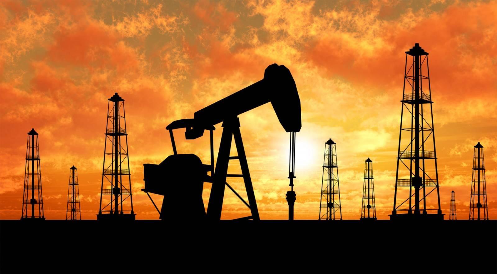 Цены на нефть снижаются из-за опасений торможения экономики