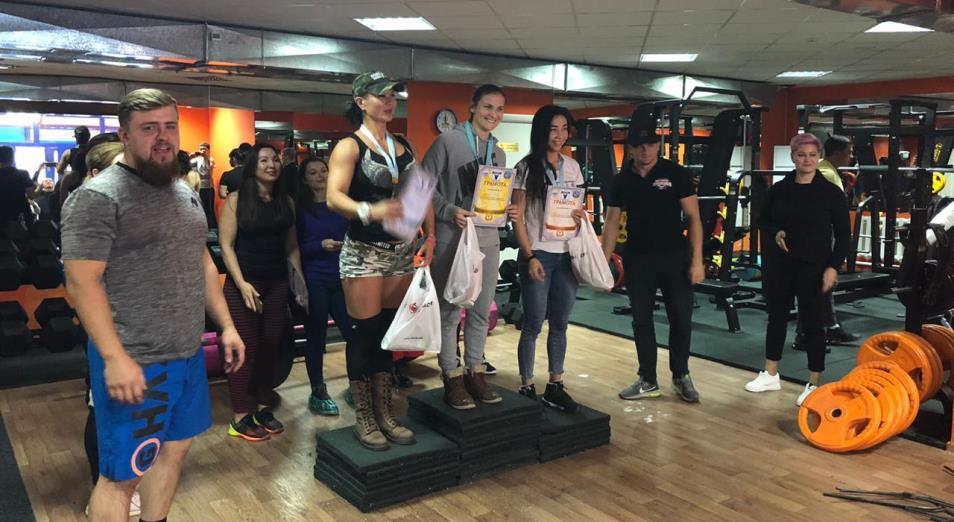 Первый чемпионат по силовому экстриму среди девушек прошел в Нур-Султане