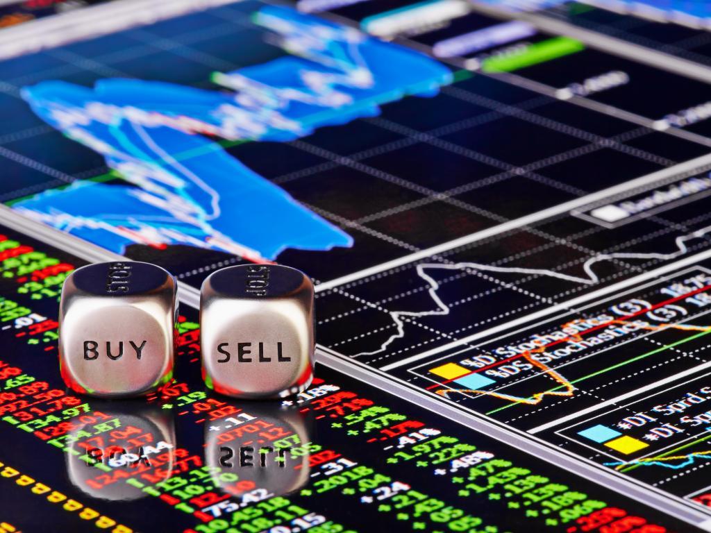 Мировой фондовый индекс упал до минимума с февраля