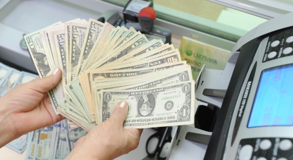Объем покупок инвалюты населением падает, Тенге, курс тенге , доллар , Рубль , Евро, экономика, Нацбанк РК, KASE