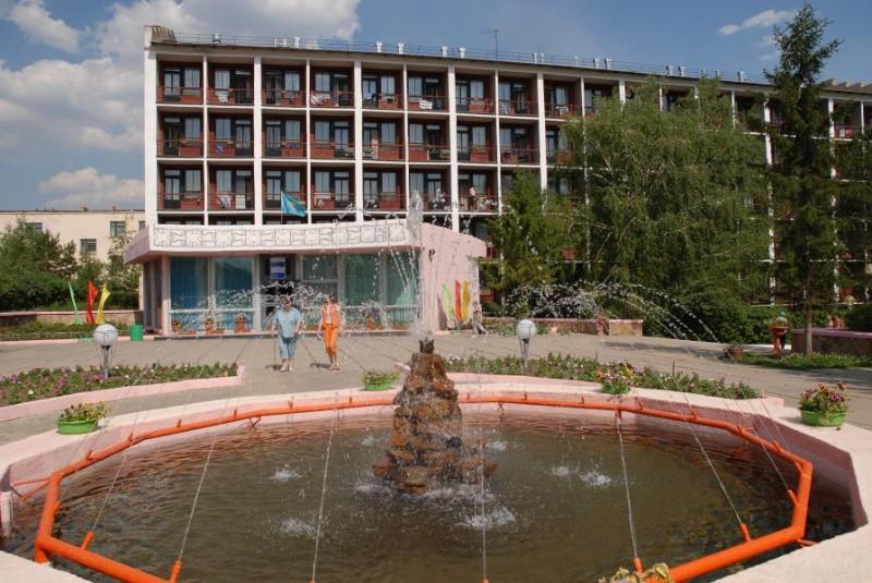 В Карагандинской области под карантинные госпитали бизнес передал 12 объектов
