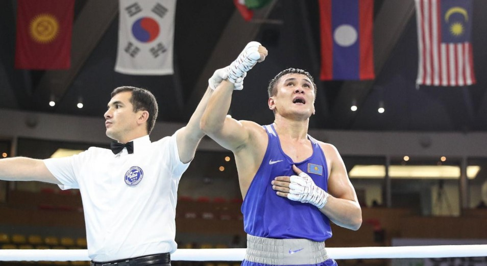 Кулахмет взял титул во втором бою в профи