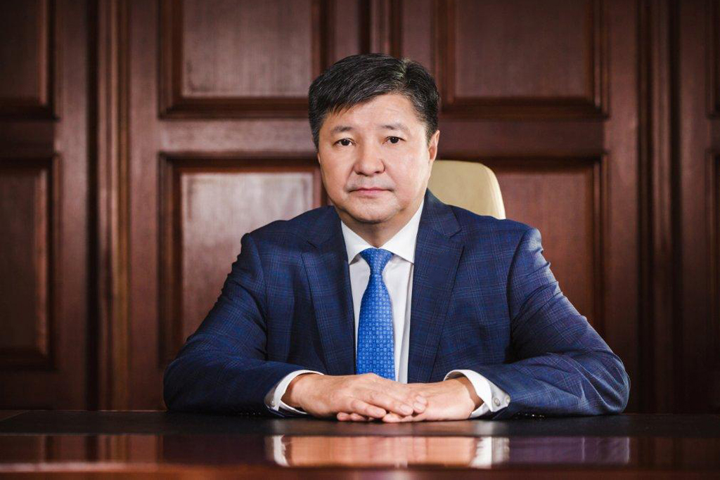 Председатель Верховного суда Казахстана предложил часть функций судей передать нотариусам и прокурорам