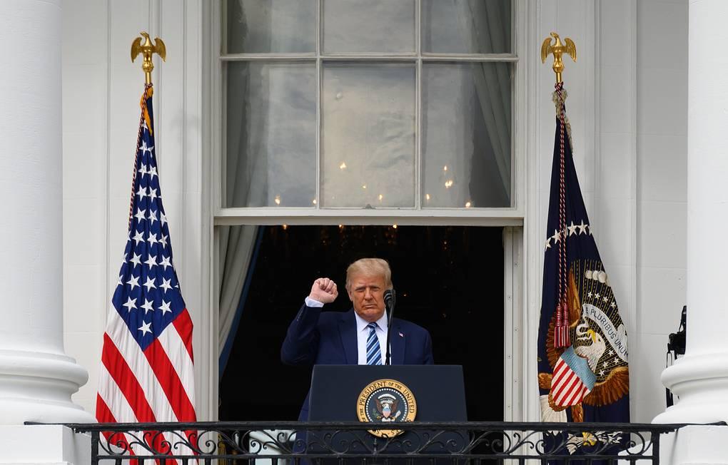 Трамп заявил, что у него больше нет коронавируса