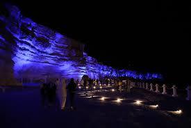 """В Актау горела """"Скальная тропа"""", освещаемая 150 прожекторами"""