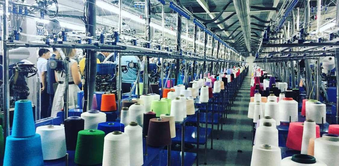 Производство одежды в РК за январь-октябрь сократилось на 8,6%