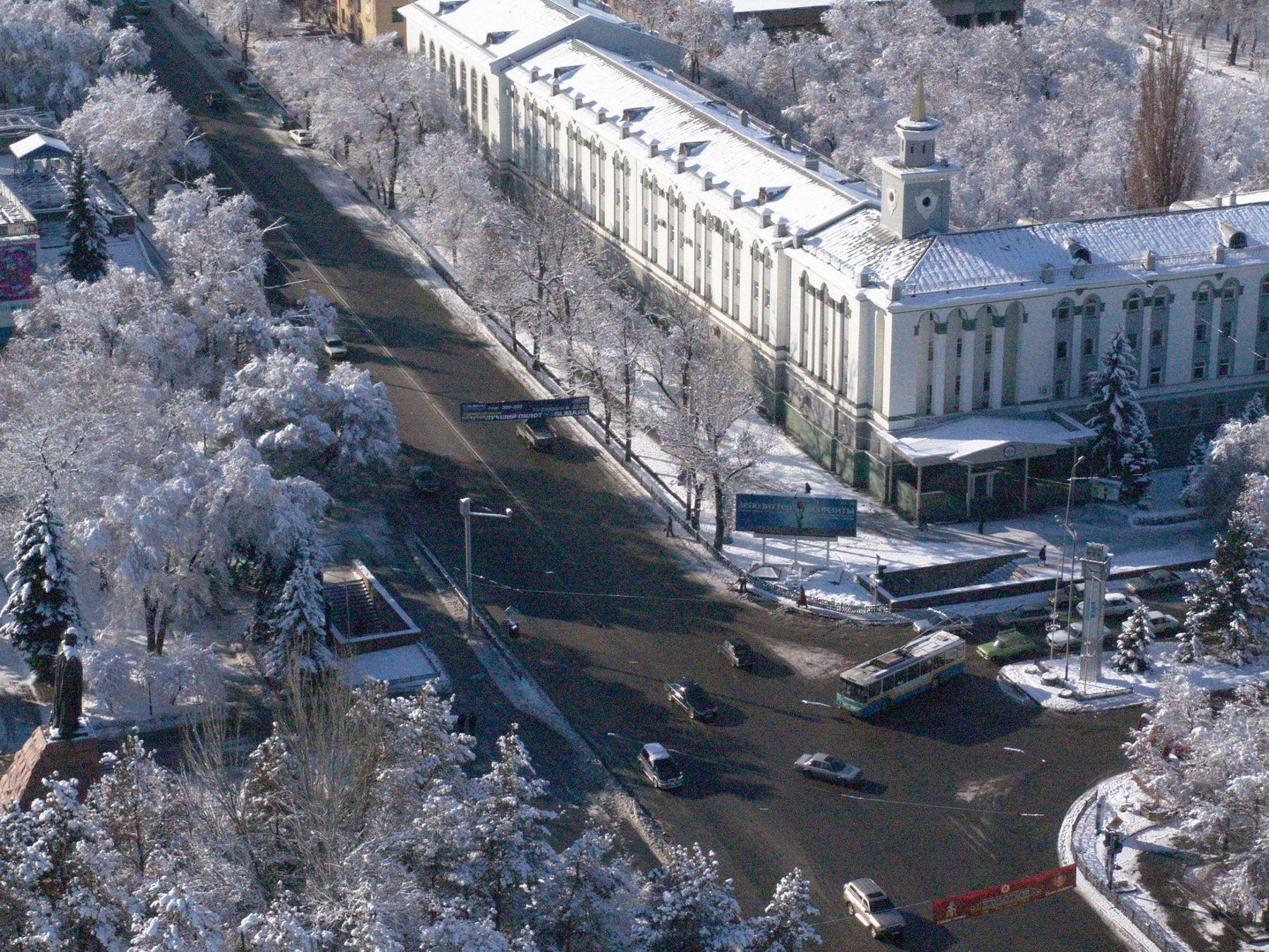 Улица в Алматы стала носить имя первого президента Узбекистана