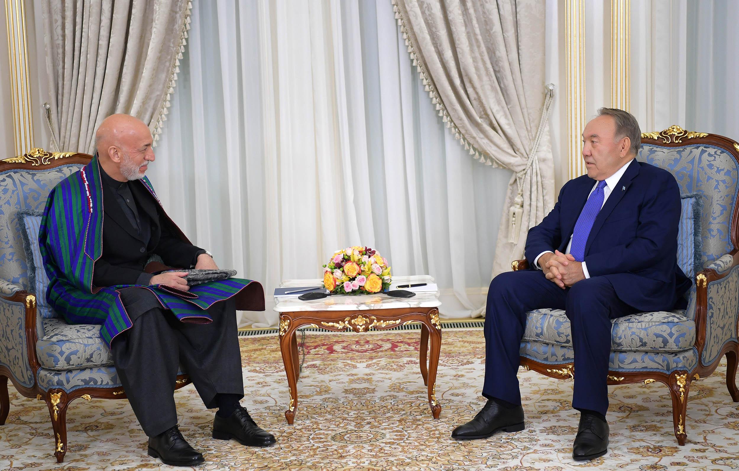 Назарбаев провёл встречу с экс-президентом Афганистана