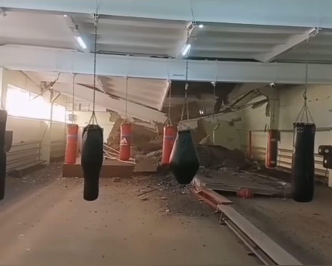 Павлодар қаласындағы спорт мектебінің төбесі опырылып түсті