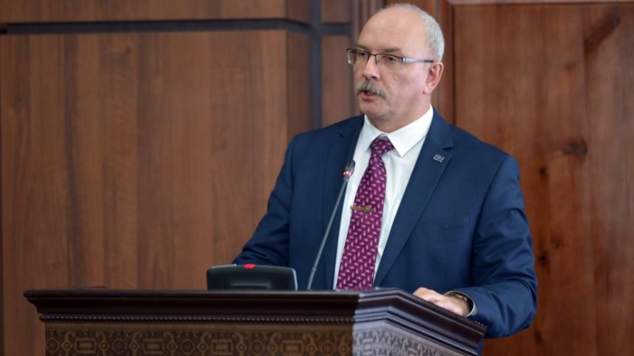 Досье: Шипп Денис Алексеевич, Председатель Высшего судебного совета Республики Казахстан, досье, Денис Шипп