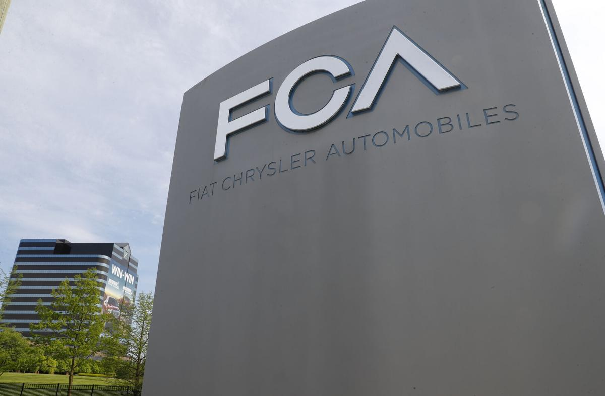 Акционеры Fiat Chrysler и Peugeot одобрили слияние компаний