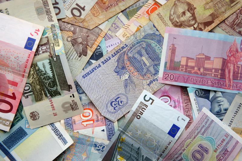Названа лучшая валюта для сбережений в 2021 году