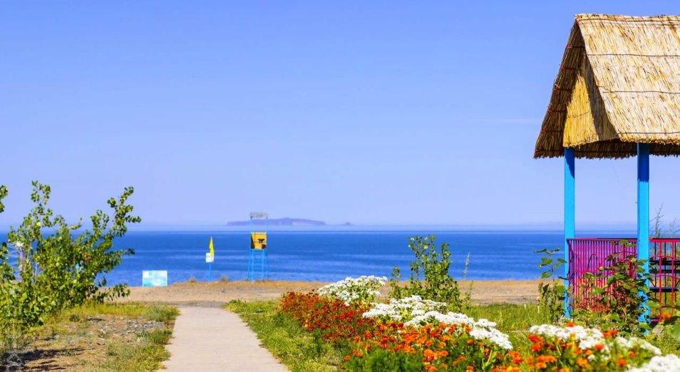 Туристы пожаловались на незатейливый сервис восточноказахстанского побережья Алаколя