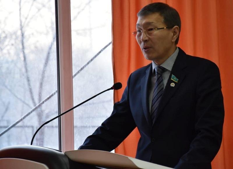 Нурлан Абдиров избран вице-спикером сената Казахстана