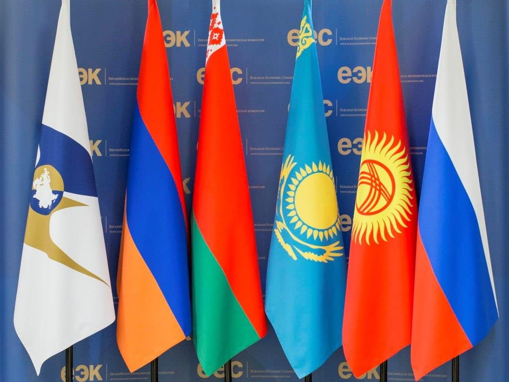 Взаимная торговля Казахстана со странами ЕАЭС в январе-апреле увеличилась на 0,1%