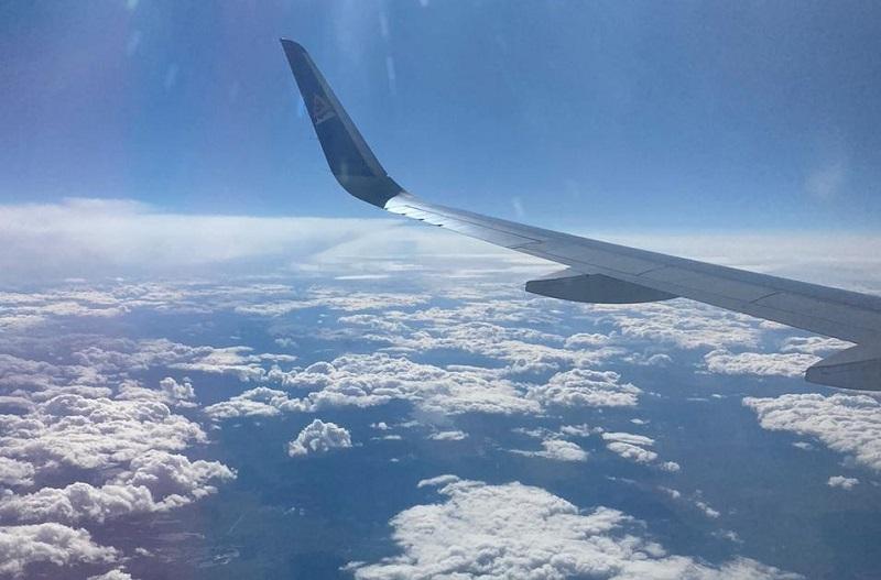 Почему самолет казахстанской авиакомпании вернулся в аэропорт