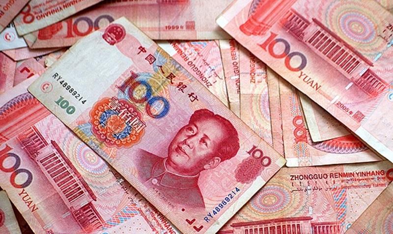 В феврале казахстанцы активно избавлялись от наличных юаней