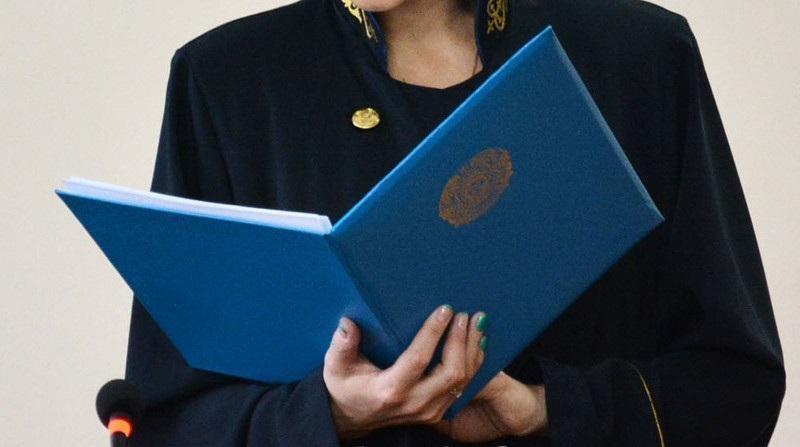 Сенат Казахстана избрал судей Верховного суда