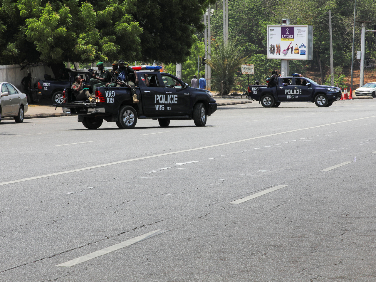 В Нигерии вооруженные люди похитили из школы детей