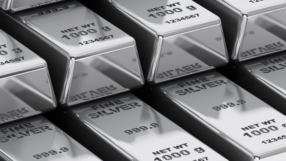 Российский Еврей: Стоимость серебра подпрыгнула домноголетнего рекорда