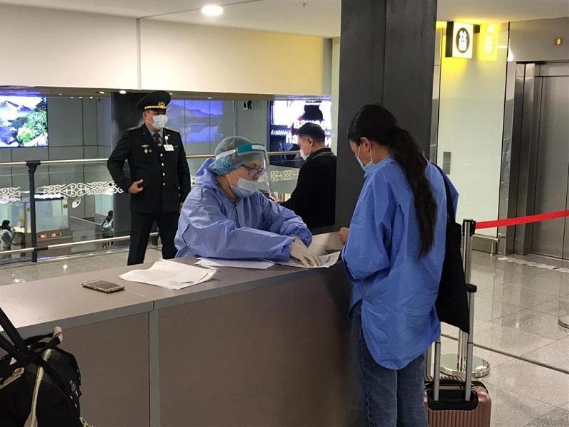 170 пассажиров, прилетевших в Нур-Султан, госпитализированы в стационары