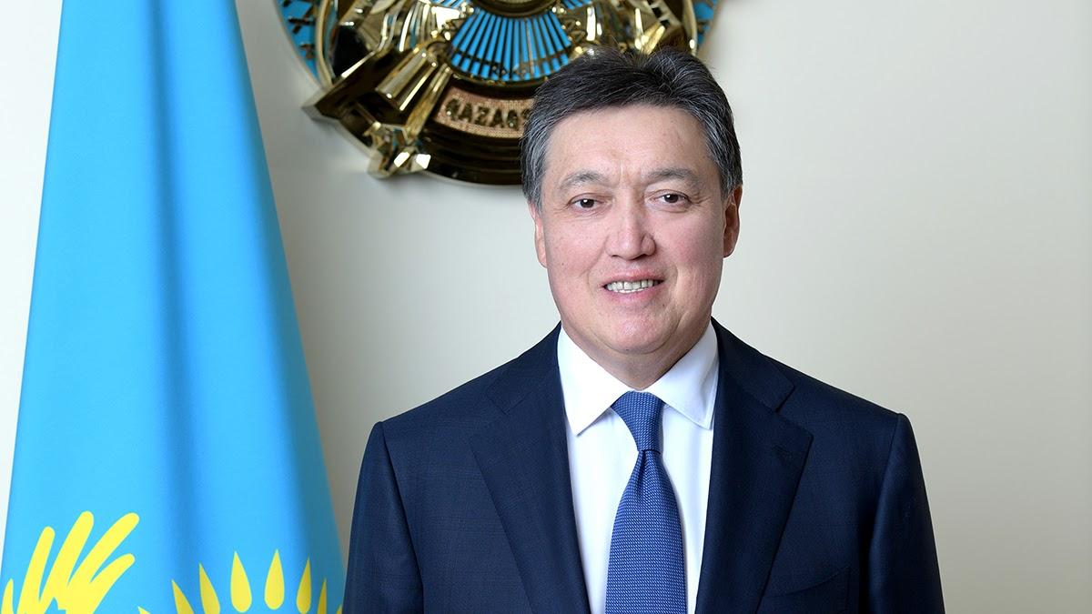 Глава Кабмина РК поздравил казахстанских женщин с Международным женским днем
